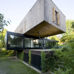 cantilever-modernist-stack-house